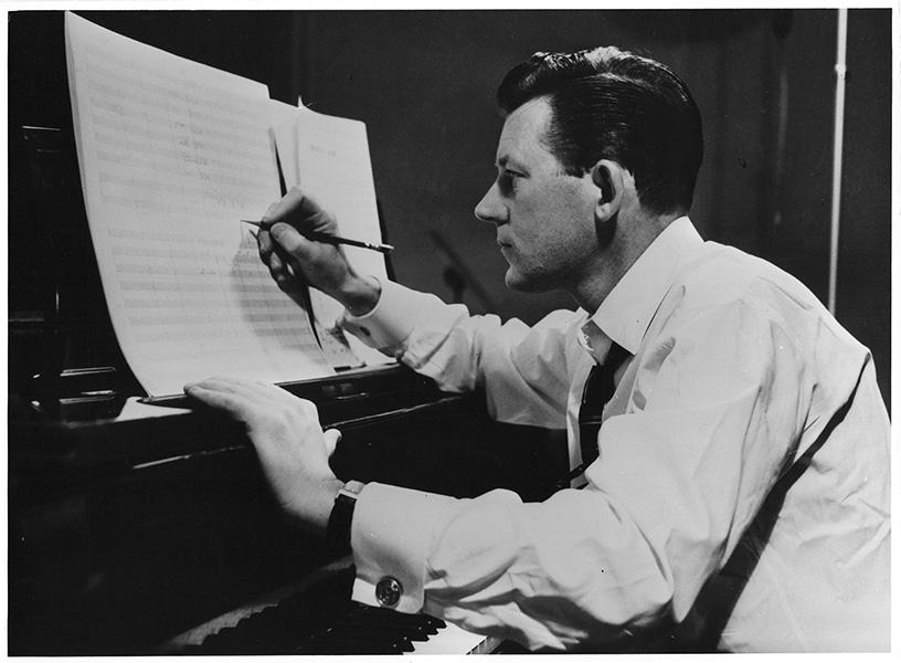 """Prelude in C Sharp Major"" (1940) Artie Shaw"